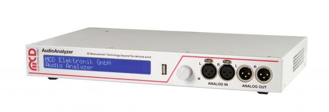 AudioAnalyzer 1HE Einheit analog und digital